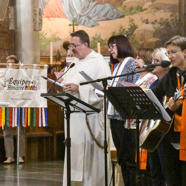 Célébrations des Equipes du Rosaire au Pèlerinage du Rosaire 2017
